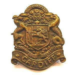 Cap badge of the Cardiff Pals