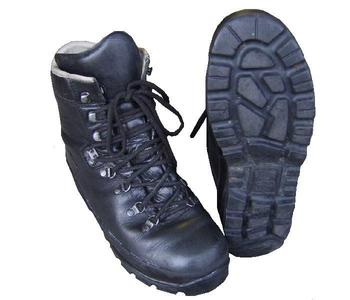 Haix Goretex White Lined genuine Military Issue Mountain Boots - Graded stock