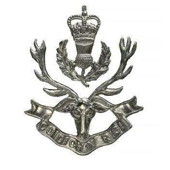 2 Piece Officers Cap Badge for the Queens Own Highlanders Regiment